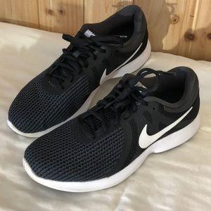 Nike Revolution Women's Running Shoes Black